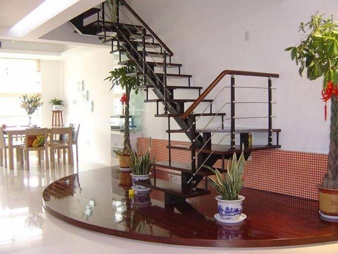 钢木楼梯.jpg
